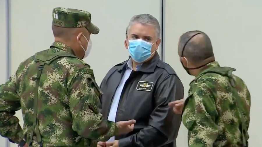 Duque confirma atentado contra helicóptero presidencial