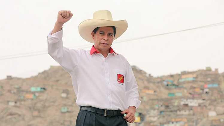 Castillo tiene ventaja de 113.000 votos sobre Fujimori