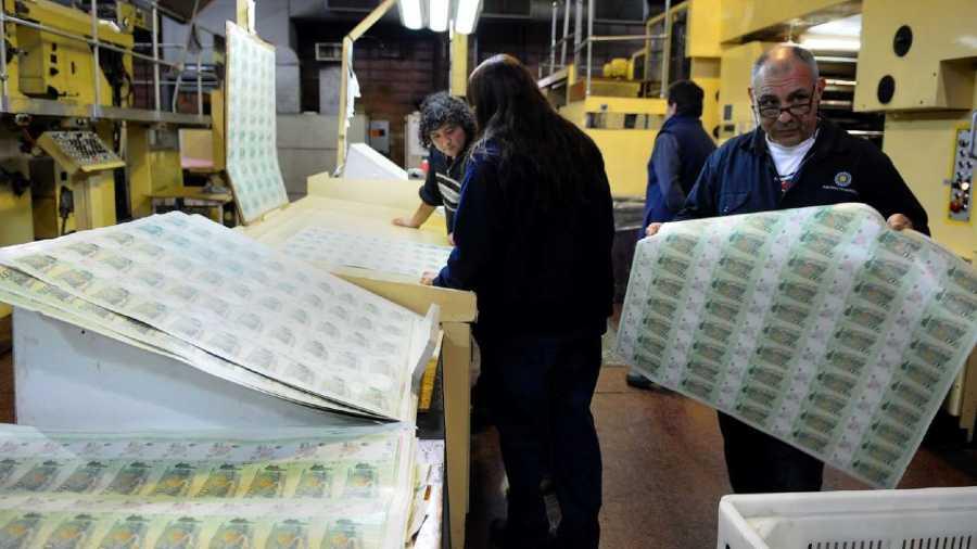 Los salarios no podrán ganarle a la inflación este año, según informe privado
