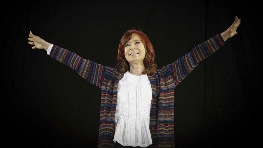 """Confirmaron el sobreseimiento de Cristina Kirchner en la causa """"Dólar futuro"""""""
