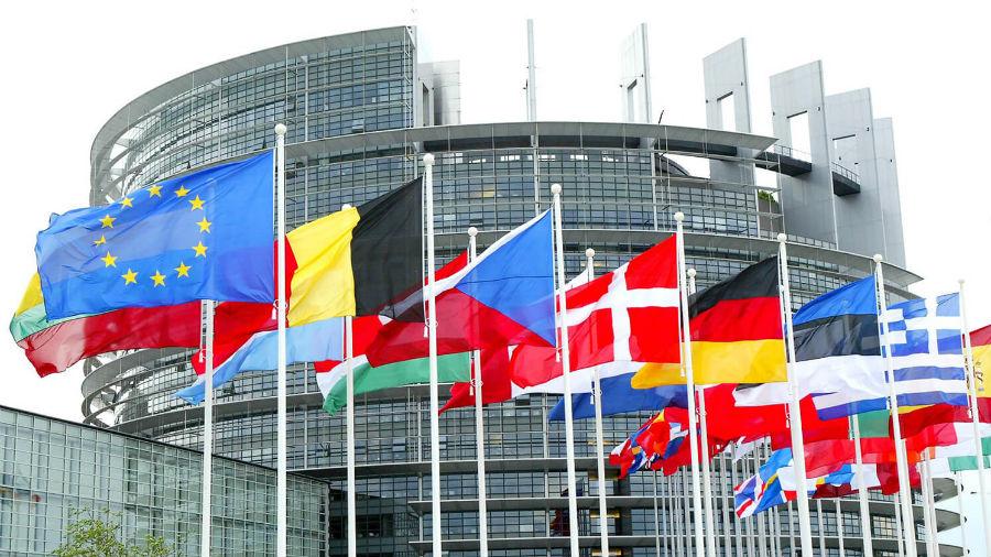 La UE prevé ampliar sanciones a Bielorrusia y Birmania