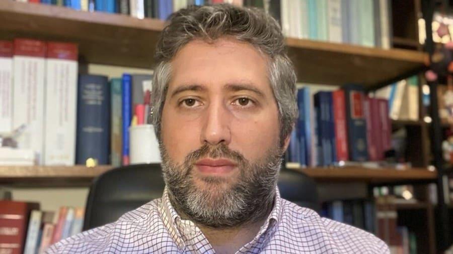"""Juan Correa: """"La suspensión de patentes es un primer paso para superar esta crisis económica y sanitaria"""""""